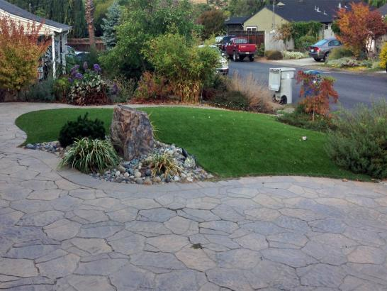 Artificial Grass Photos: Artificial Grass Installation in Cardena, California
