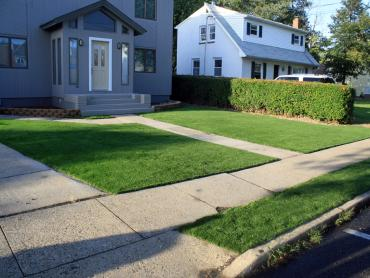 Artificial Grass Photos: Fake Turf Luling Texas Lawn  Front Yard