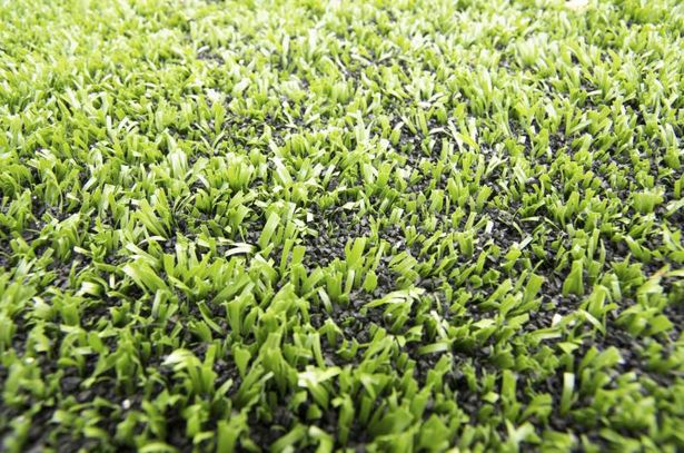 Glendale Unified School District Testing Synthetic Turf Fields Infilled with Crumb Rubber artificial grass