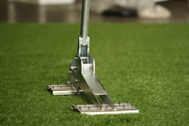 Turf Puller synthetic grass tools